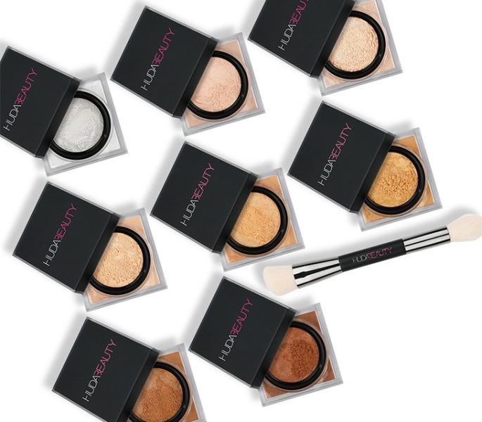 HUDA-Beauty-Easy-Bake-Loose-Powder-und-Face-Bake-Blend-Dual-Ended-Setting-Complexion-Brush-Deutschland-kaufen-Swatches