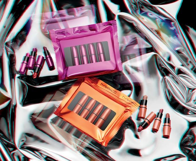 holiday-2018_mac-shiny-pretty-things-kits_001_promo